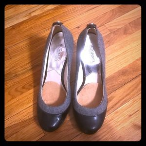 Michael Kors grey and black heels size 7